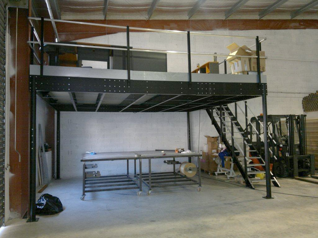 mezzanine en kit t8 mezzanine with s ladder mezzanine sur mesure image gallery mezzanine kits. Black Bedroom Furniture Sets. Home Design Ideas